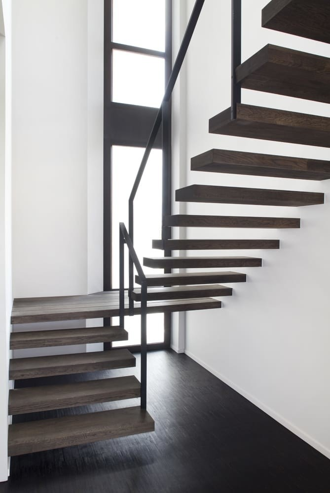 escalier flottant en ch ne trappen verschaeve. Black Bedroom Furniture Sets. Home Design Ideas